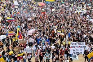 colombia-completa-mes-protestos-mortos-desaparecidos