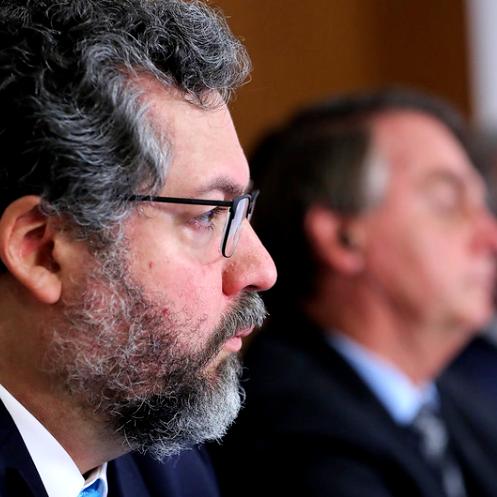 Ernesto Araújo ataca governo bolsonaro alma saúde covid