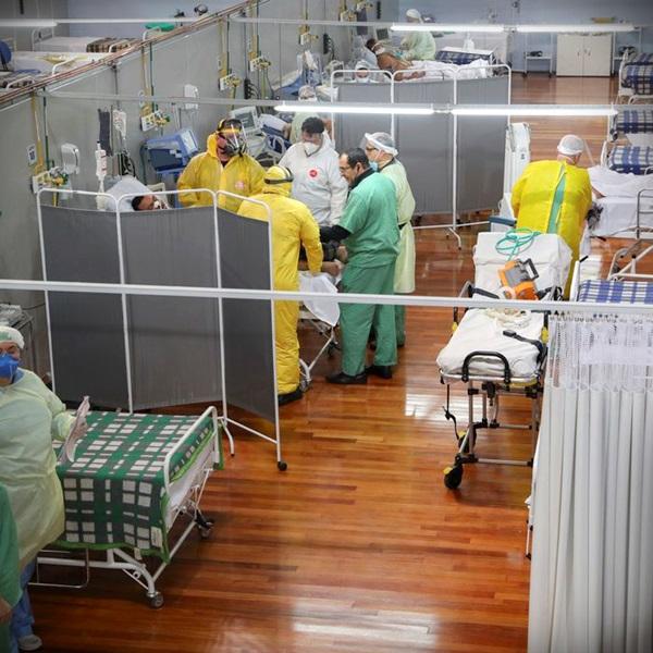 Estudo da Universidade de Washington prevê onda Brasil covid pandemia mortes