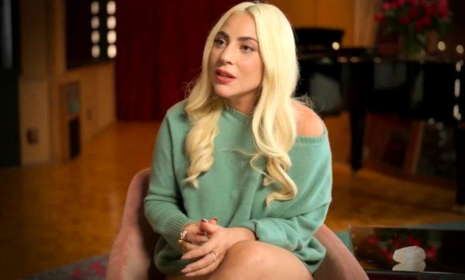 Lady Gaga revela estuprada anos engravidou criminoso