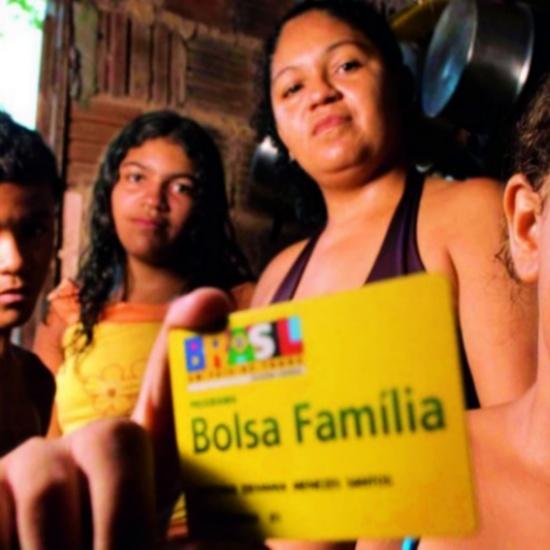 por trás proposta capitalizar Bolsa Família desigualdade governo bolsonaro fome
