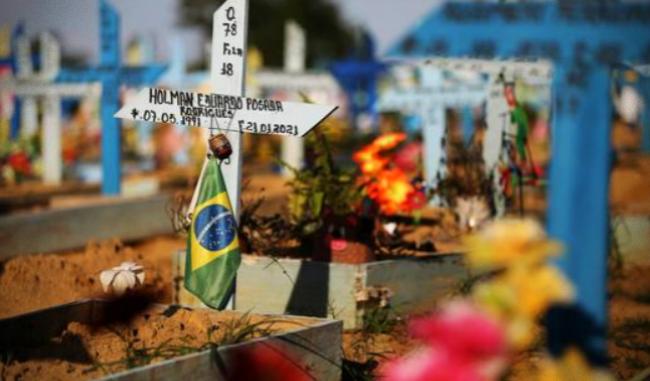 Terceira onda da Covid-19 no Brasil pode ser muito mais mortal cientistas