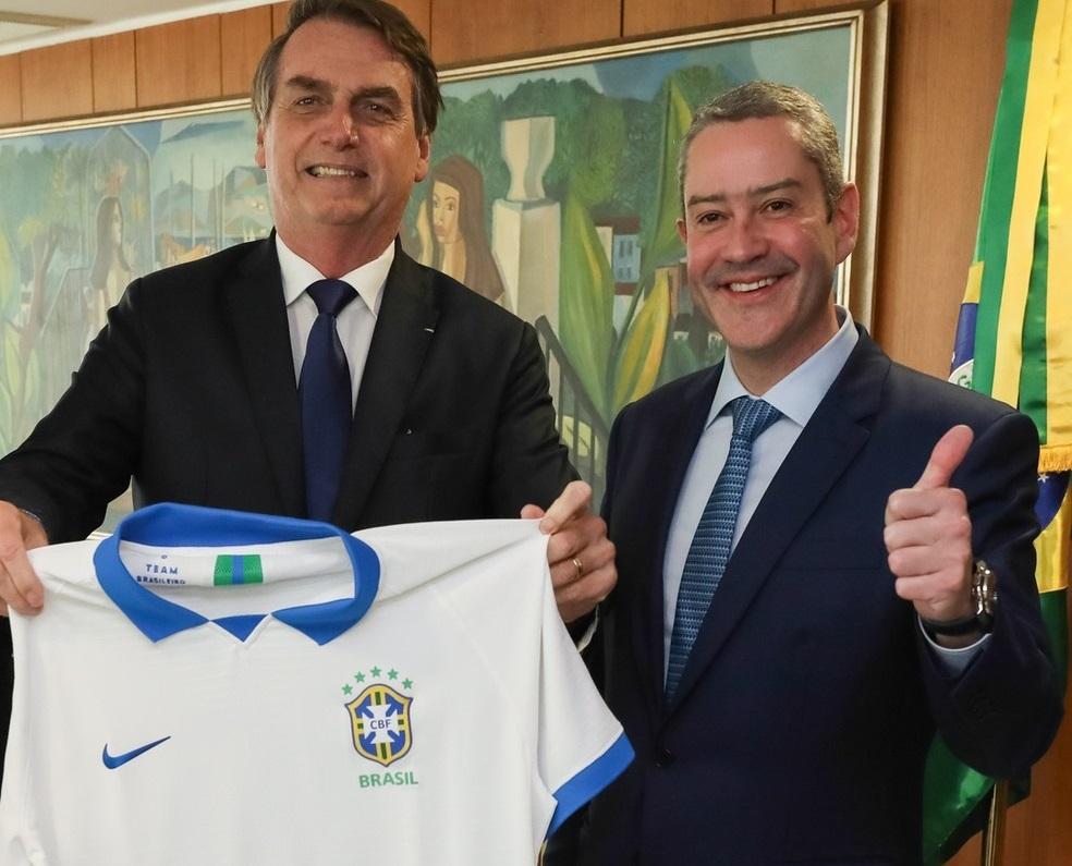 Bolsonaro e Caboclo