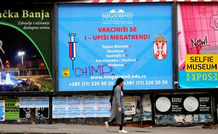 Teorias conspiração Vacinas países mais comprou doses sofrendo para imunizar população