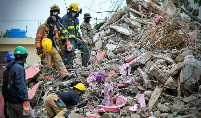 Número mortes terremoto Haiti supera mil