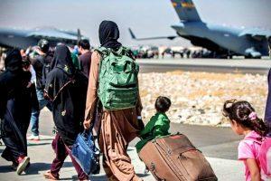 resgatados-cabul-afegaos-aguardam-em-outros-paises