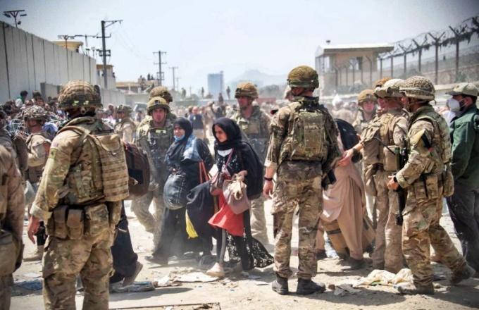Talibã consequências EUA não saírem Afeganistão agosto