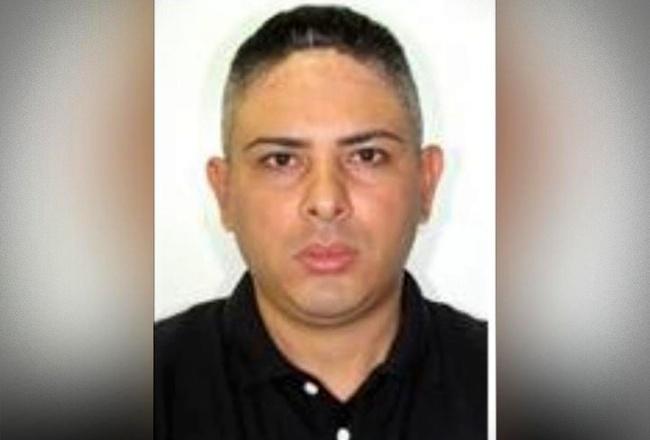 Adolescente mata pai arma da vítima esquarteja corpo