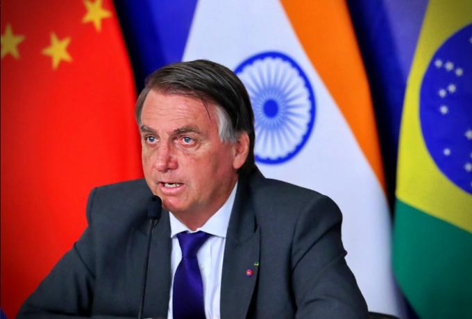 Bolsonaro elogia China apoiadores atordoados comunista vacina