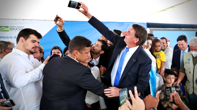 Bolsonaro pretende gastar milhões propaganda próximos meses
