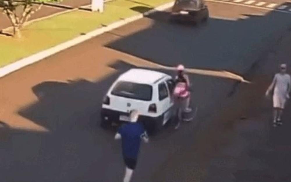 homem ciclista