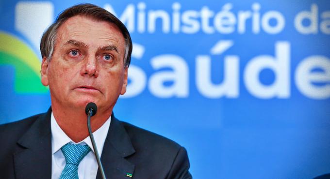 Governo Bolsonaro joga lixo milhões testes vacinas remédios