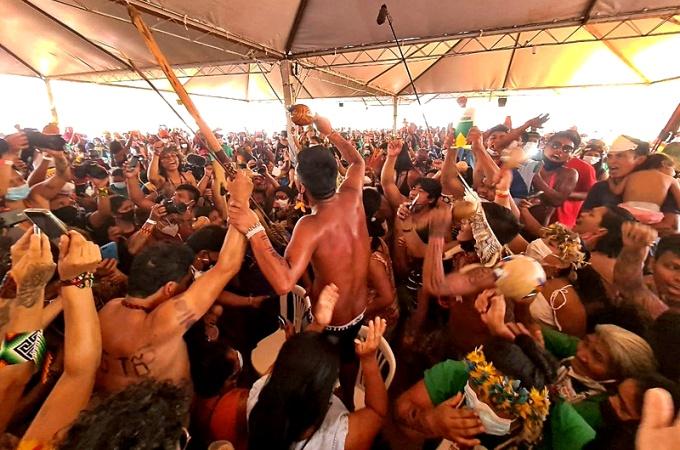 Indígenas comemoram voto Fachin STF contra Marco Temporal