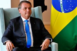 isolado-politicamente-bolsonaro-descarta-golpe-elogia-urnas-eletronicas
