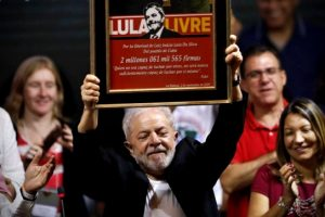 lula-vira-principal-alvo-debate-pre-candidatos-terceira-via