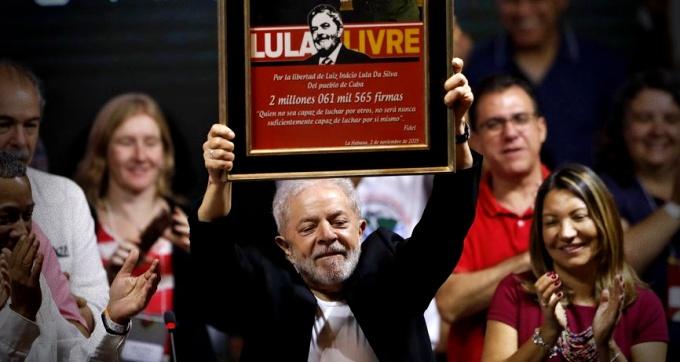 Lula vira principal alvo debate pré-candidatos terceira via
