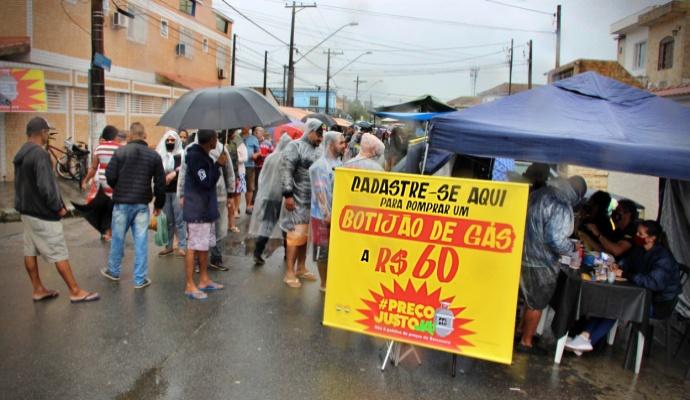 Preço Justo Ação solidária vende botijão de gás R$ cidades do país