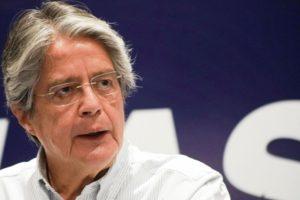 presidente-do-equador-eliminar-imposto-herancas