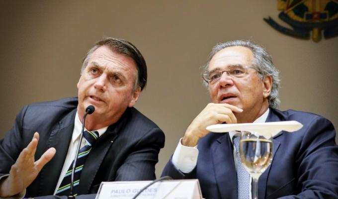 Dólar alto é bom falas Paulo Guedes coincidem variação cambial garantiu lucro