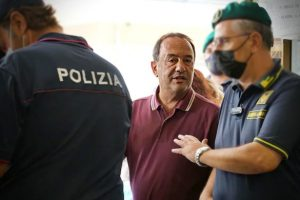ex-prefeito-italiano-condenado-prisao-criar-programa-acolhia-imigrantes