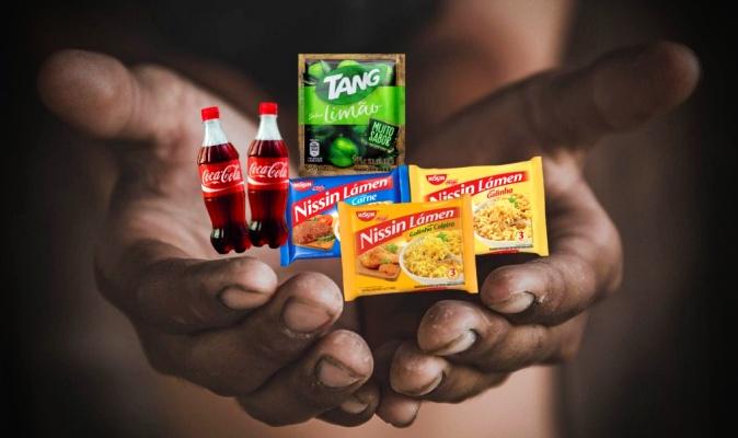 Justiça mantém presa mãe filhos furtou macarrão suco supermercado