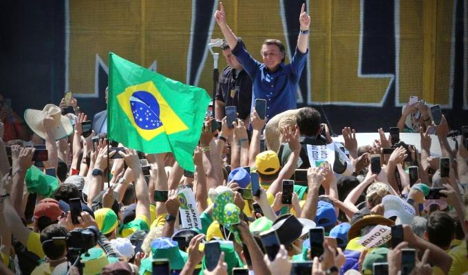 lumpencracia Brasil manifestações governo bolsonaro