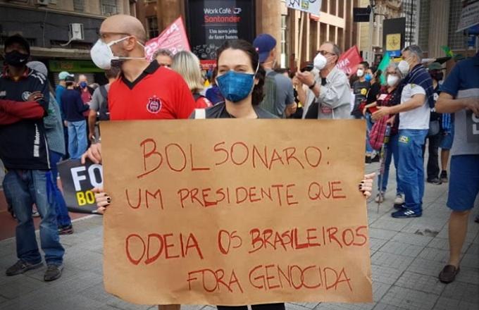 não Bolsonaro se sentiu de fato acuado ruas manifestações esquerda